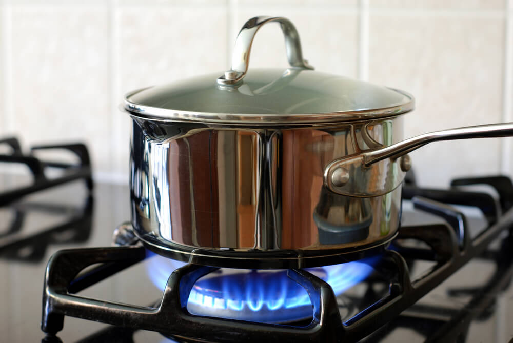 火にかけられた鍋